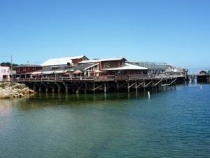 102 USA Monterey