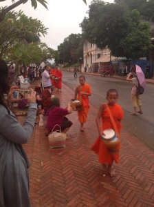 La questua dei monaci